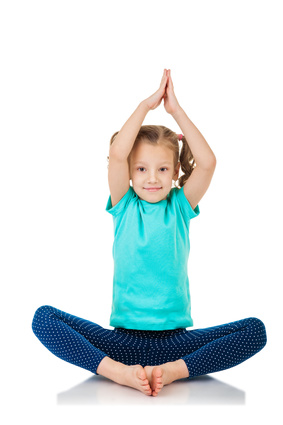 Kinderyoga Stundenbilder - Kind macht Yoga