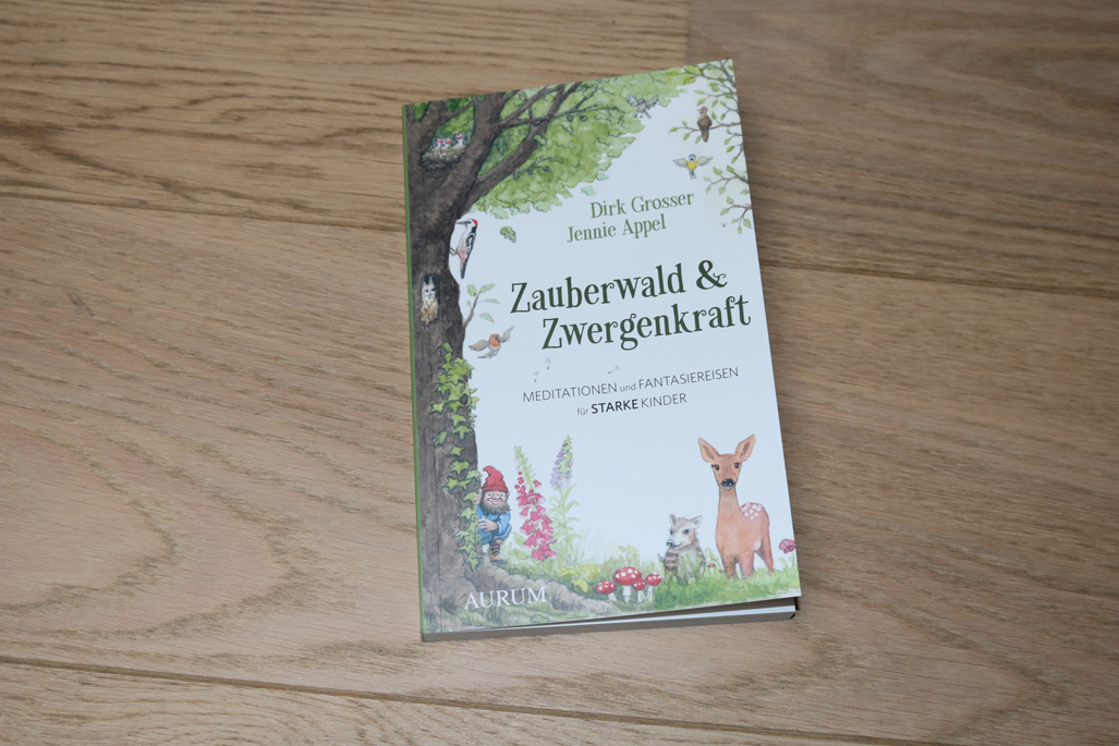 Kinderyoga Buch Zauberwald und Zwergenkraft